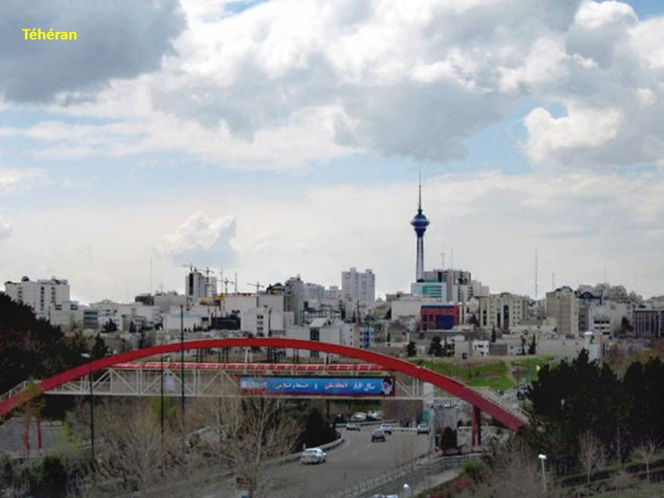 Le pont brisé de Mianeh