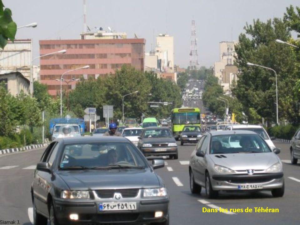 Dans les rues de Téhéran