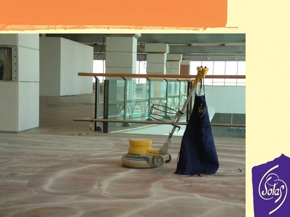 Lefficacité à lessai Plus de 350000mc de parquet chaque année réalisés avec Solas Données 2010 Solas et le parquet