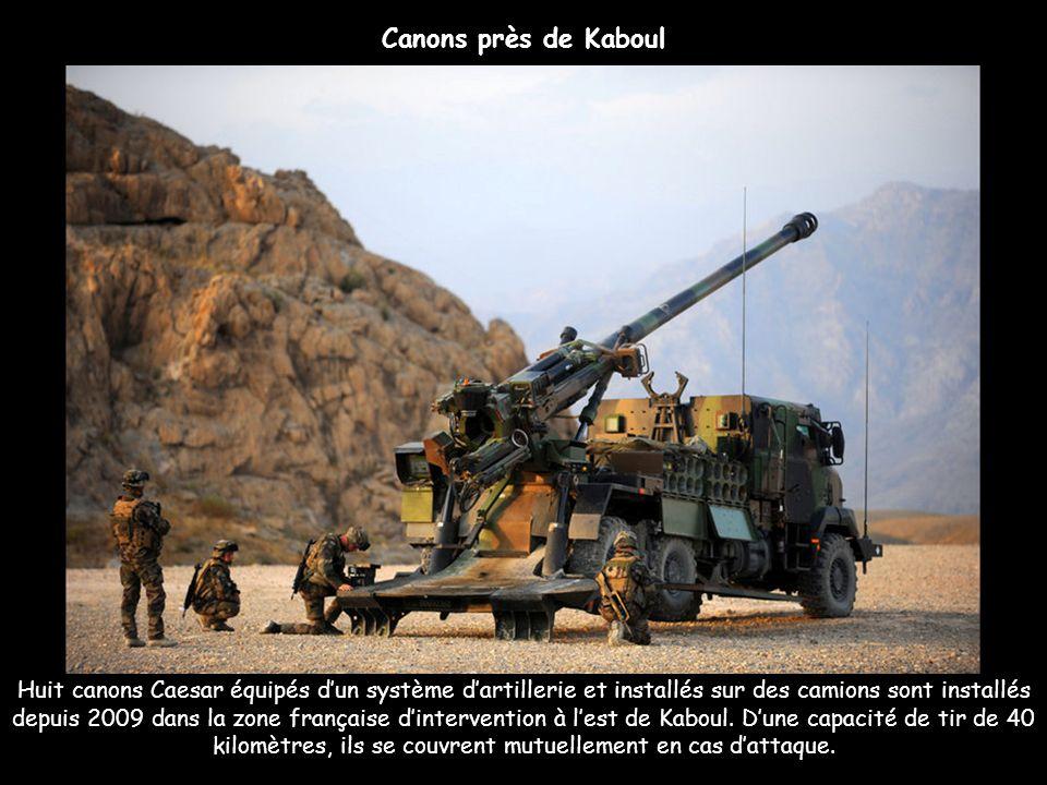 Huit canons Caesar équipés dun système dartillerie et installés sur des camions sont installés depuis 2009 dans la zone française dintervention à lest