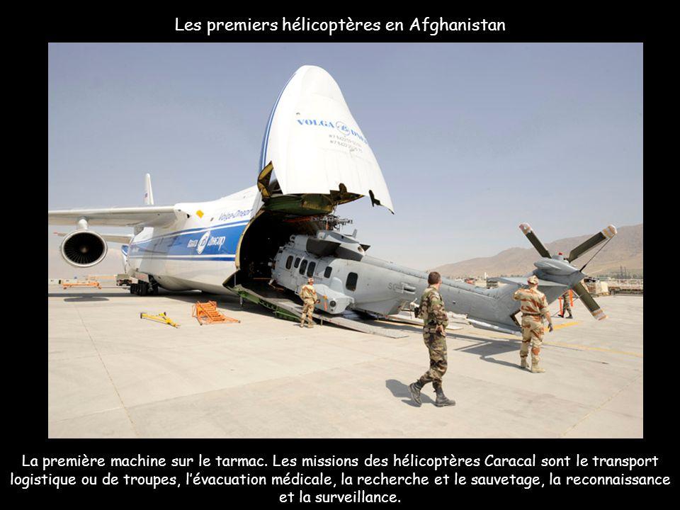 La première machine sur le tarmac. Les missions des hélicoptères Caracal sont le transport logistique ou de troupes, lévacuation médicale, la recherch