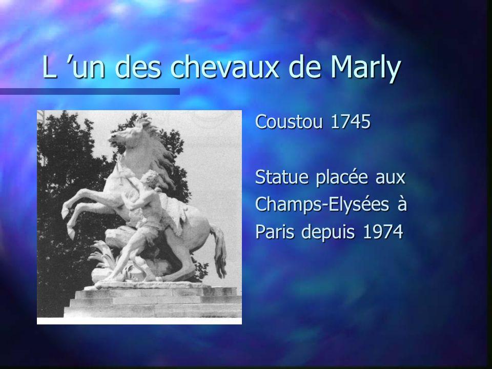 L un des chevaux de Marly Coustou 1745 Statue placée aux Champs-Elysées à Paris depuis 1974