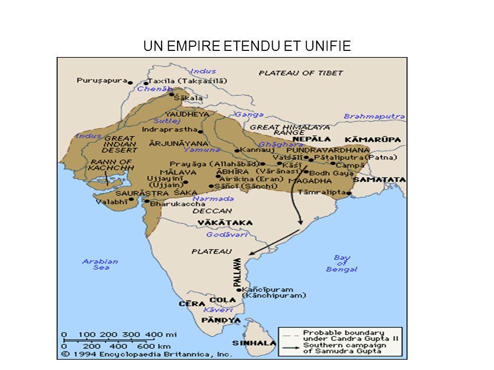 Affirmation du pouvoir royal Monnaie dor du règne Chandragupta II avec la déesse Lakshmi