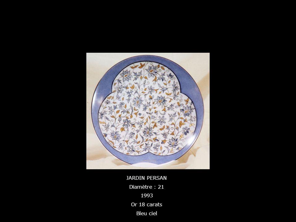 JARDIN PERSAN Diamètre : 21 1993 Or 18 carats Bleu ciel