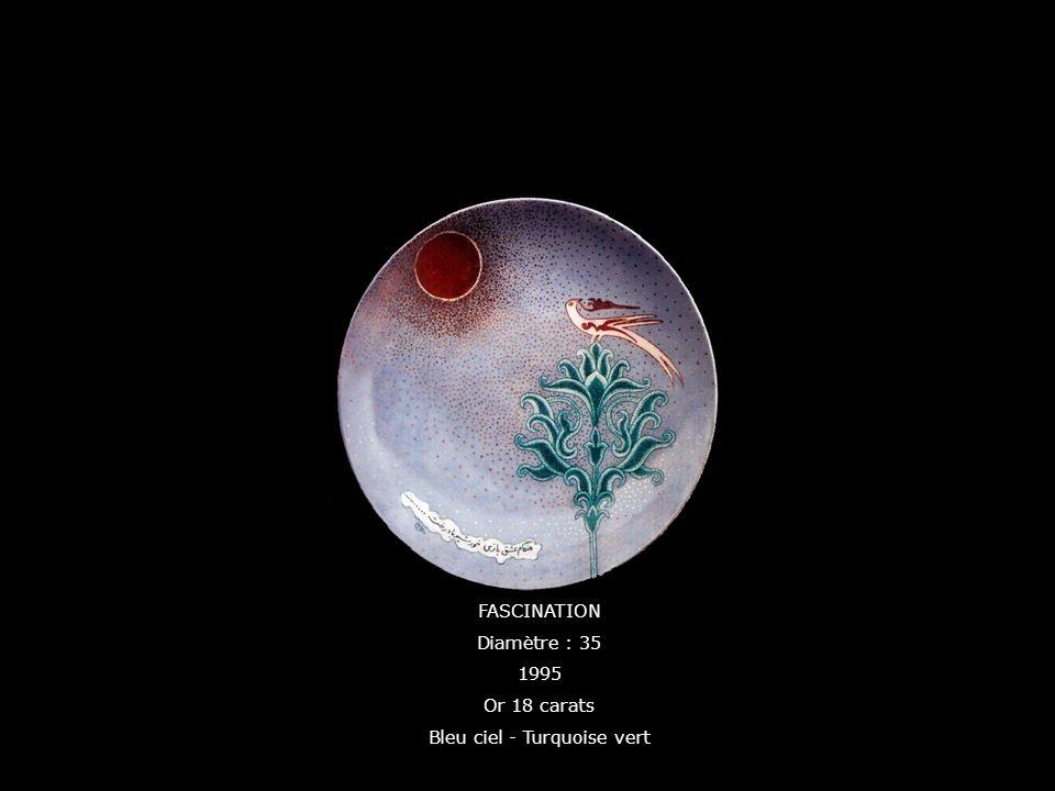 FASCINATION Diamètre : 35 1995 Or 18 carats Bleu ciel - Turquoise vert