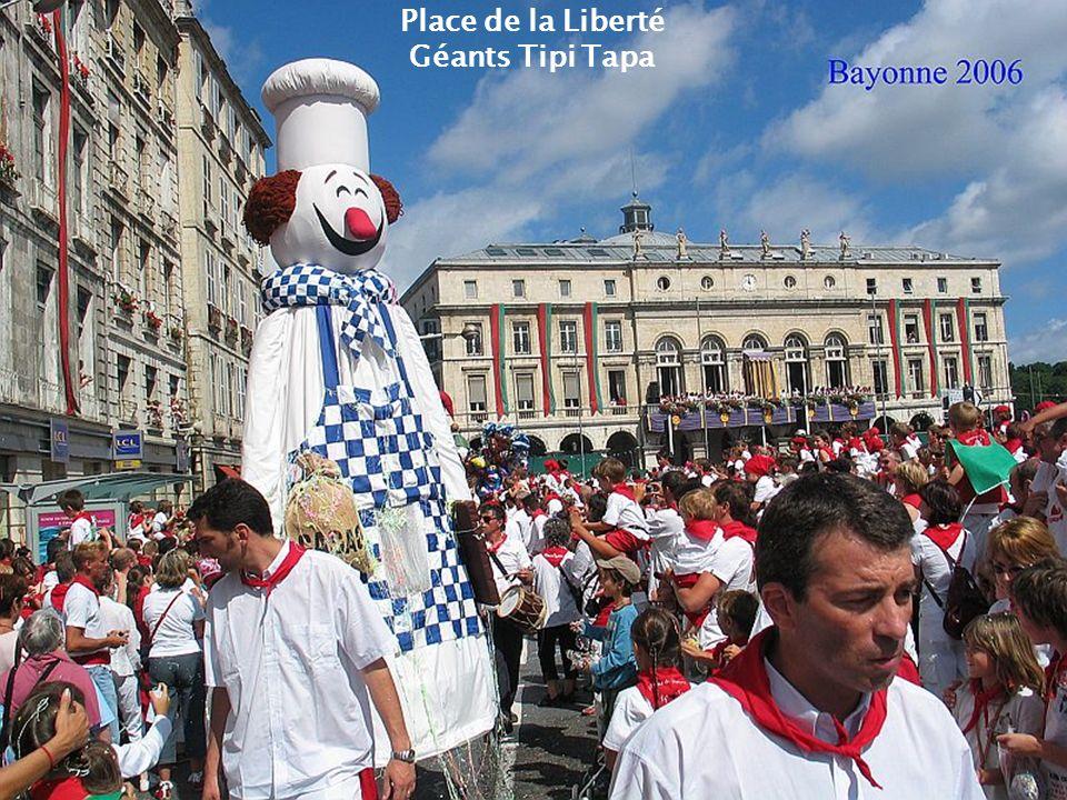 Mairie Dimanche des fêtes Journée de Pampelune