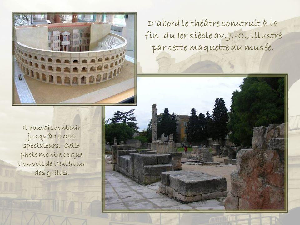 Cette carte du Musée départemental Arles antique, montre lemplacement, dès le Ier siècle, des vestiges qui subsistent aujourdhui.