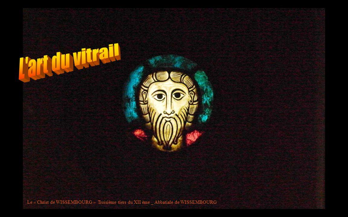 Le « Christ de WISSEMBOURG » Troisième tiers du XII ème _ Abbatiale de WISSEMBOURG