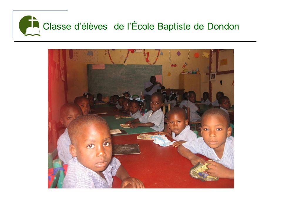 Classe délèves de lÉcole Baptiste de Dondon
