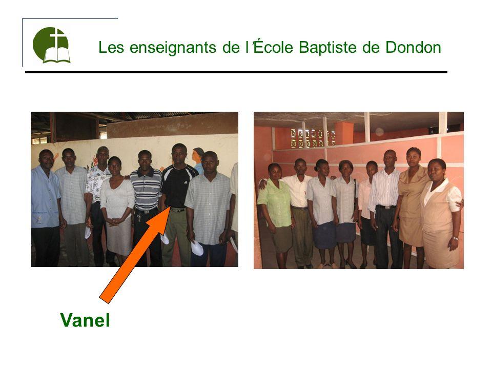 Les enseignants de l École Baptiste de Dondon Vanel