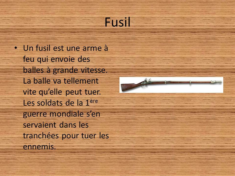 le Feu Le Feu est un roman écrit par Henri Barbusse (1873- 1935), écrivain français qui commença à écrire des livres après la guerre.