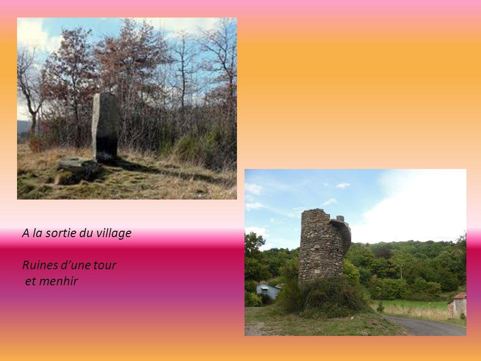 Eglise de Saint Nectaire lune des Majeures du Pays d Auvergne. Style roman