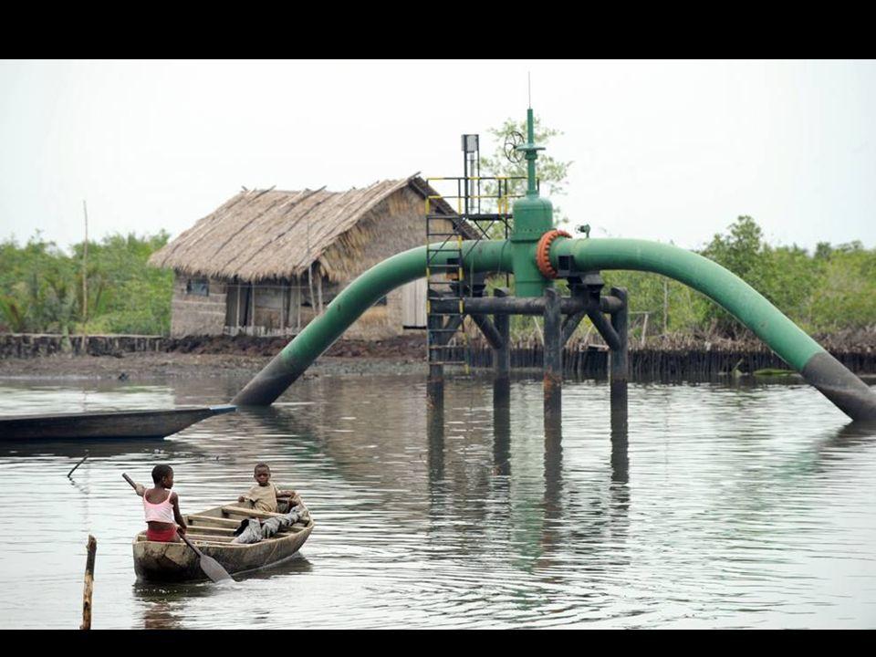 PIRE QUE DEEPWATER DANS LE GOLFE DU MEXIQUE Huitième exportateur de pétrole au monde et premier producteur d'Afrique, avec une production autour de 2