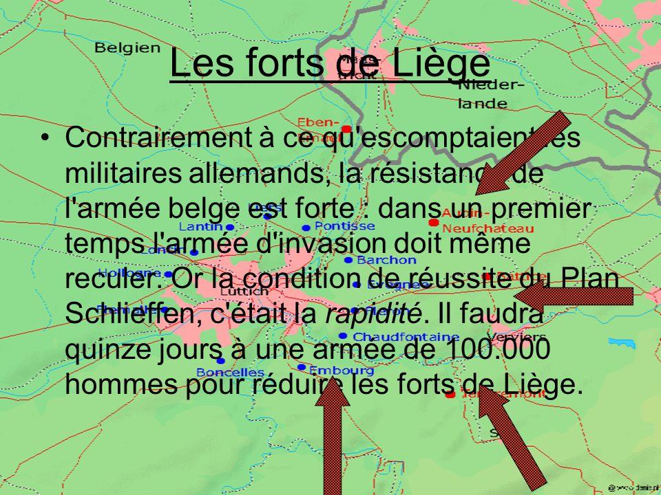Bataille de Charleroi Le 22 août à Charleroi, les armées allemandes enfoncent le front des Anglais et des Français. Le 23, les Allemands franchissent