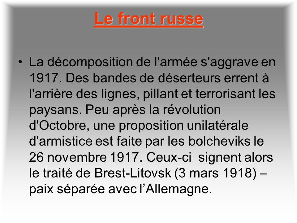 1917 année de tous les dangers Dans les tranchées, les fantassins sont minés par les maladies, le froid et les poux; ils survivent dans l'attente ango