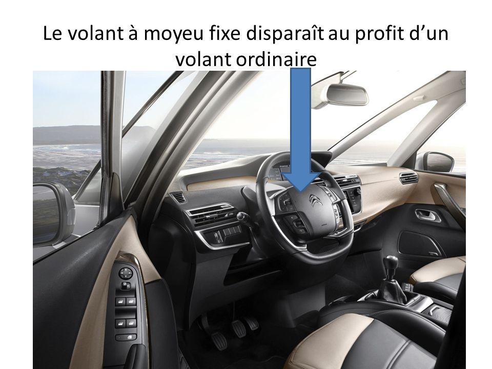 Le volant à moyeu fixe disparaît au profit dun volant ordinaire