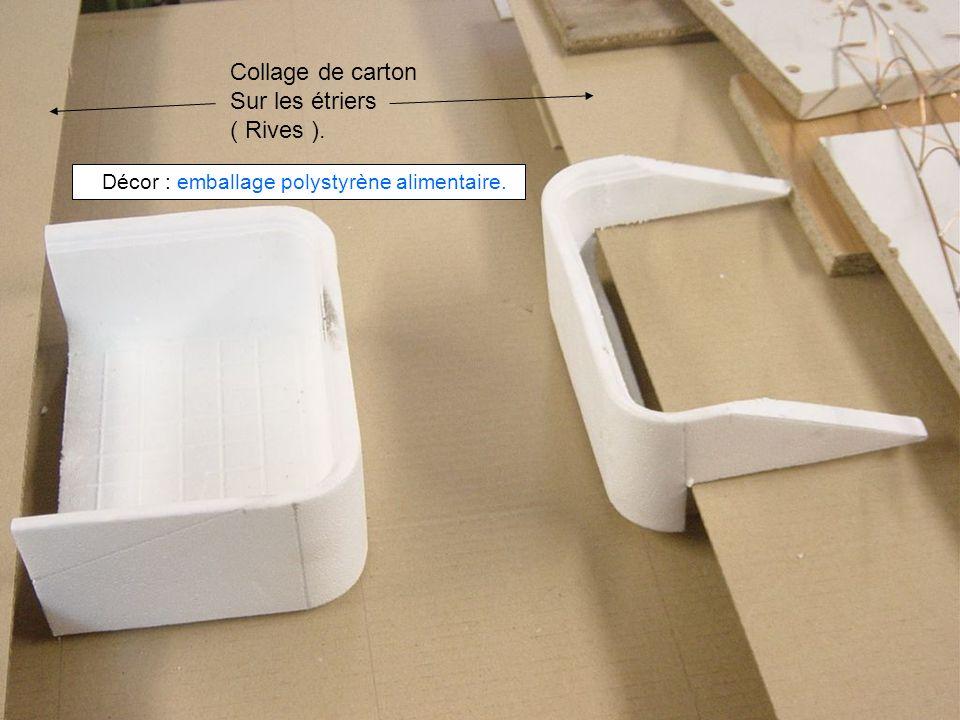 Collage de carton Sur les étriers ( Rives ). Décor : emballage polystyrène alimentaire.