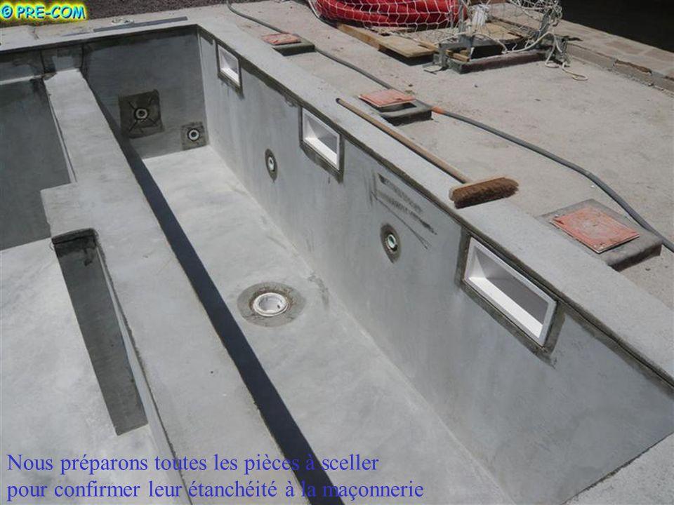 Etanchéité dune piscine béton neuve Ce revêtement uni et sans soudure (identique aux coques polyester ou bateaux moulées en usine) est appliqué direct