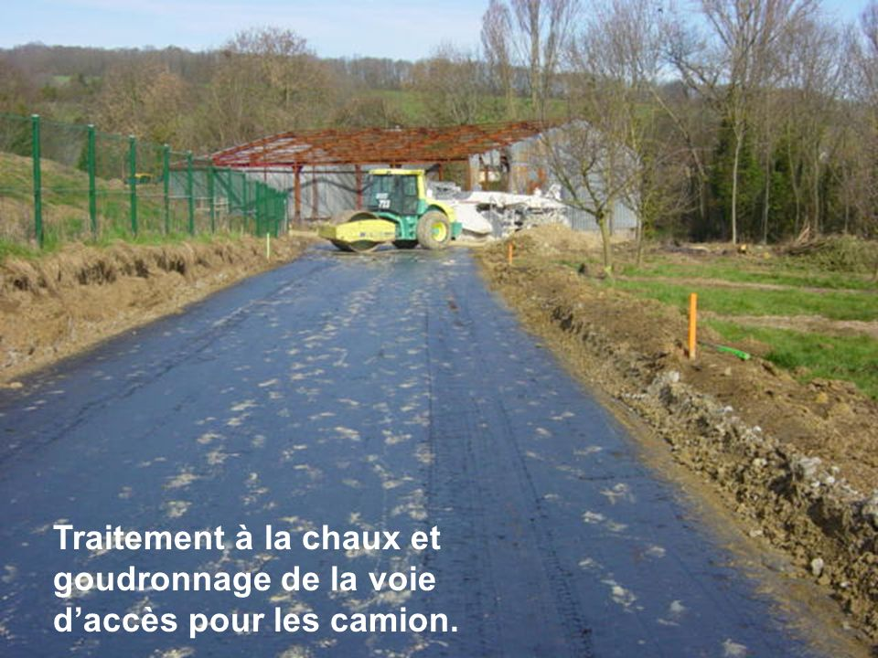 Comme le veut la construction, la structure du sol en paliers est façonnée.