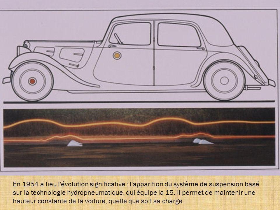 Seuls quatre 15 cabriolets ont été construits pour des particuliers, dont un pour madame Michelin. De l'extérieur, seul son capot plus allongé permet