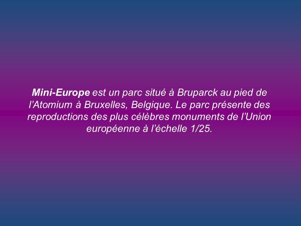 est un parc situé à Bruparck au pied de lAtomium à Bruxelles, Belgique.