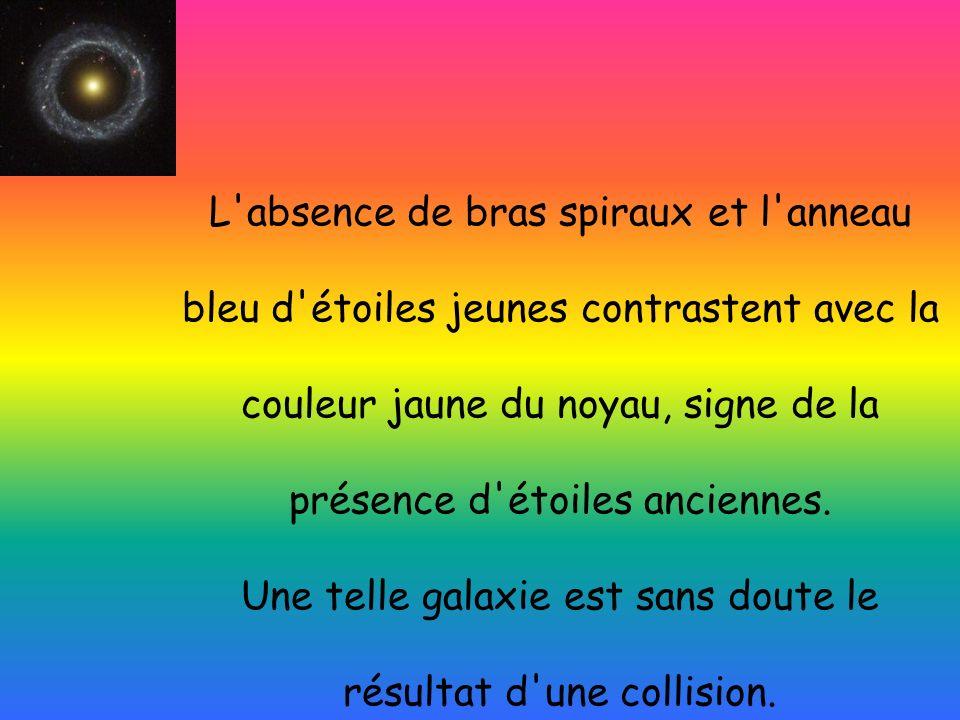L'absence de bras spiraux et l'anneau bleu d'étoiles jeunes contrastent avec la couleur jaune du noyau, signe de la présence d'étoiles anciennes. Une