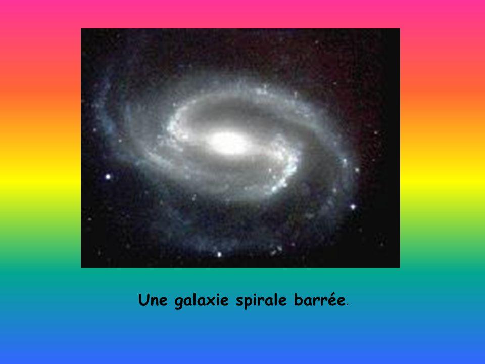 Une galaxie spirale barrée.