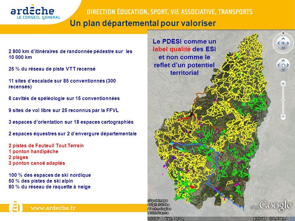 2 800 km ditinéraires de randonnée pédestre sur les 10 000 km 25 % du réseau de piste VTT recensé 11 sites descalade sur 85 conventionnés (300 recensé