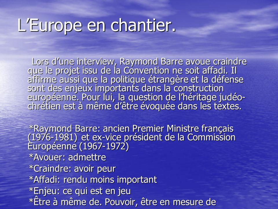 Europe: J.Chirac sest entretenu avec V.Giscard dEstaing.
