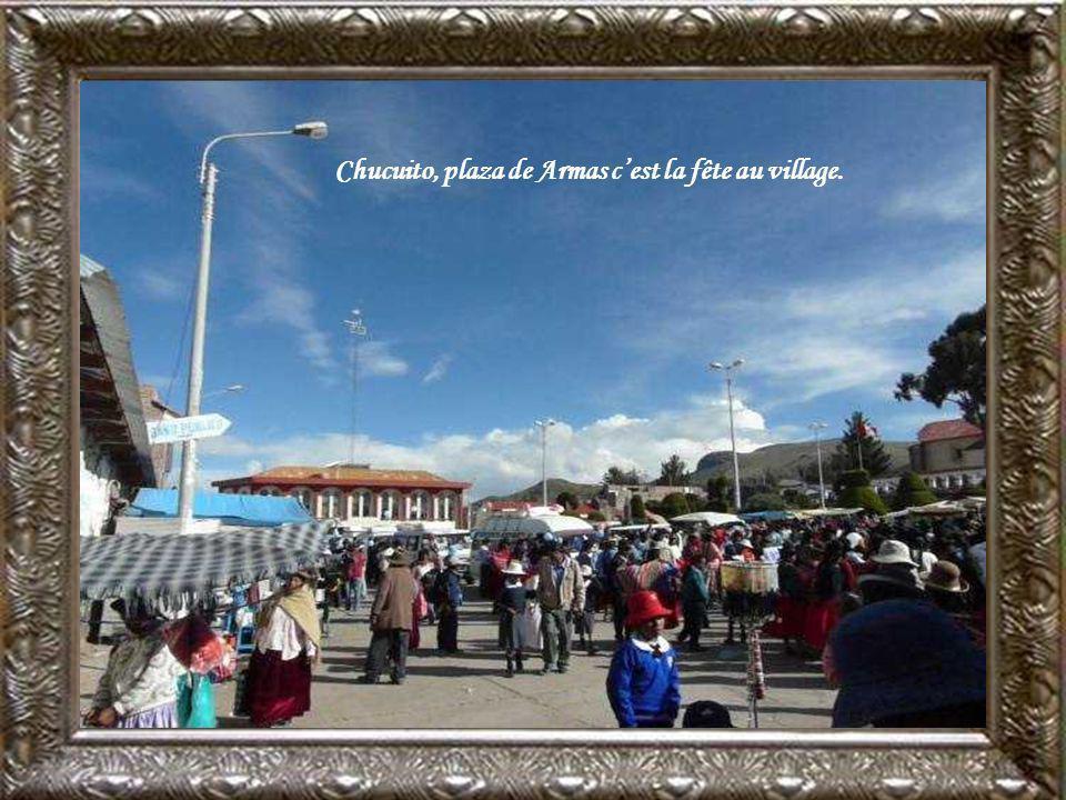 Chucuito, place de léglise Asuncion