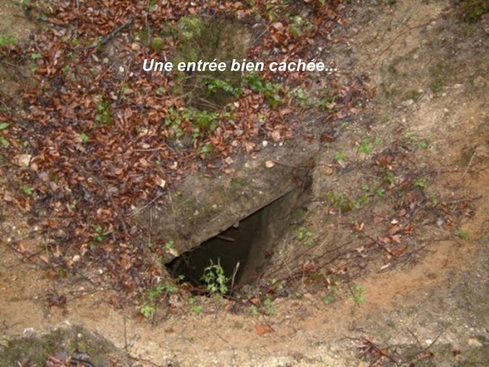 Cest ainsi que le 26 janvier 1915, après avoir bourré dexplosif deux chambres souterraines situées aux extrémités des deux galeries de mines de 22 et 26 mètres respectivement démarrant dans la partie la plus au sud de la carrière(donc la plus proche des lignes françaises) les pionniers allemands feront sauter les deux premières mines du secteur.