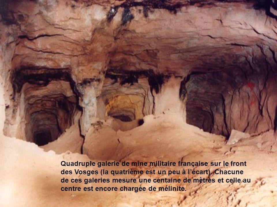 La construction de ces tunnels, appelés « mines » rencontre entre autre les problèmes suivants : la ventilation, le bruit lors du forage, lévacuation des déblais à lextérieur de la mine, le camouflage de ces déblais, lécoute et la contre mine les fourneaux de lennemi, les camouflets de lennemi, départ des galeries Quadruple galerie de mine militaire française sur le front des Vosges (la quatrième est un peu à lécart).