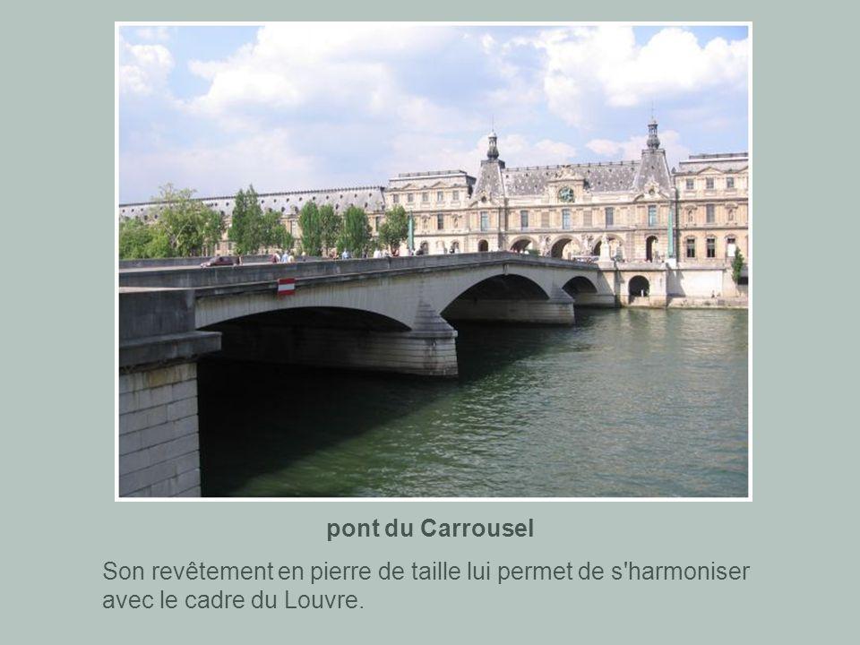 pont Royal Il a été élargi et abaissé (pour supprimer le dos d'âne), mais c'est un des ponts anciens de Paris qui a le mieux conservé son aspect d'ori