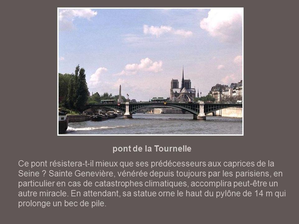pont de Tolbiac La construction de ce pont (1879-1882) est liée à l'urbanisation des quartiers est de la capitale. Le pont de Tolbiac n'a pas subi de