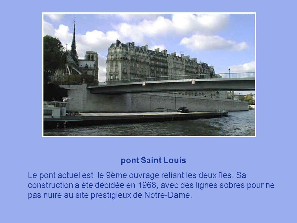pont de la Tournelle Ce pont résistera-t-il mieux que ses prédécesseurs aux caprices de la Seine ? Sainte Genevière, vénérée depuis toujours par les p