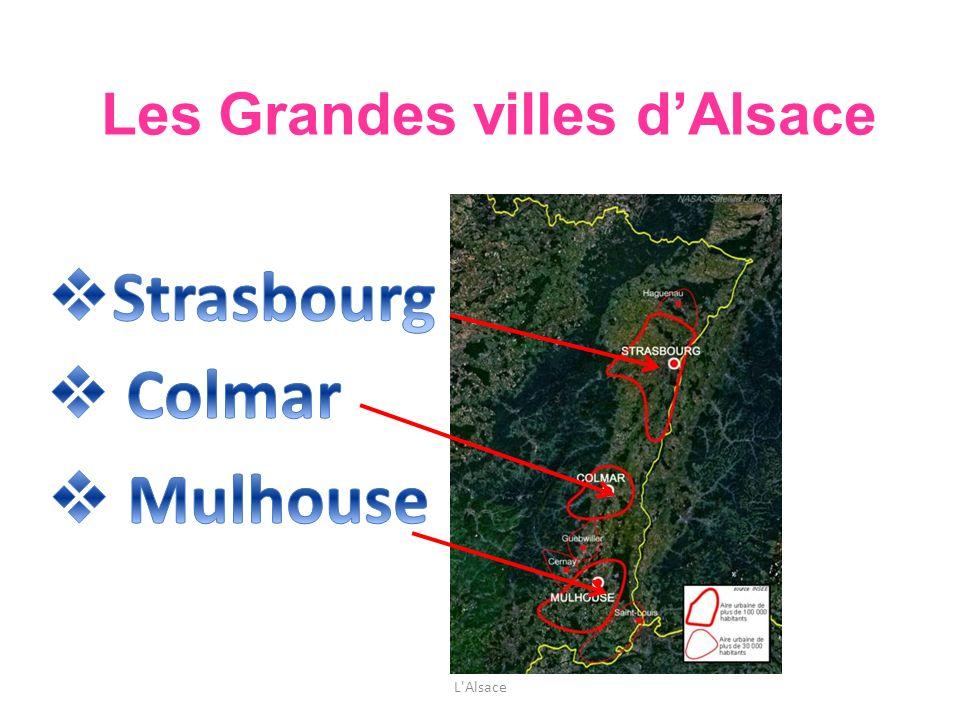 Strasbourg, 252.000 habitants, est la capitale de lAlsace.