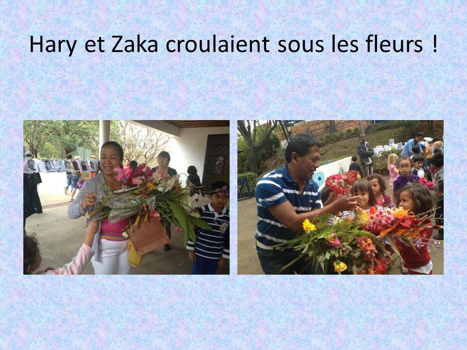 Hary et Zaka croulaient sous les fleurs !