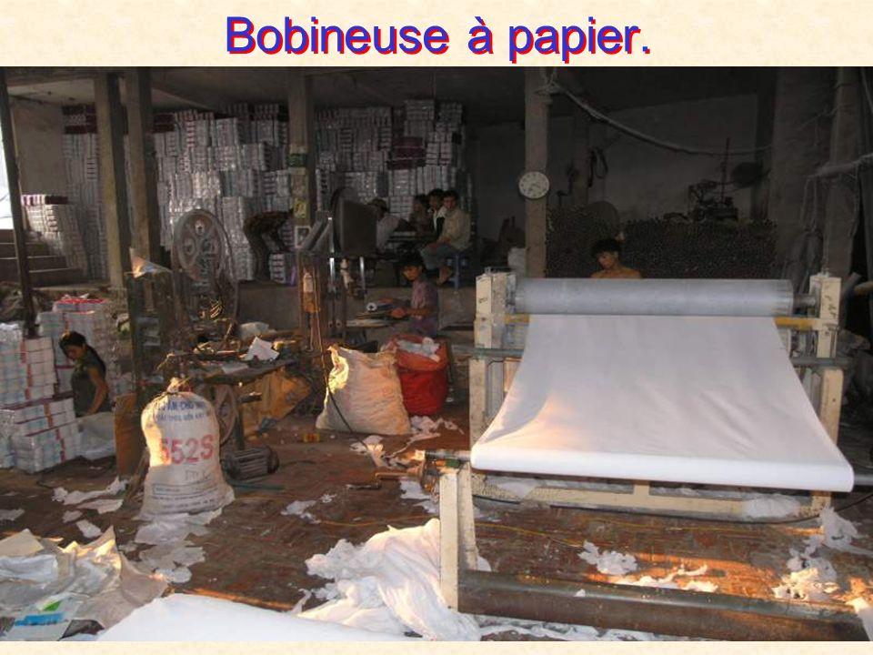 Blanchiment chimique du papier.