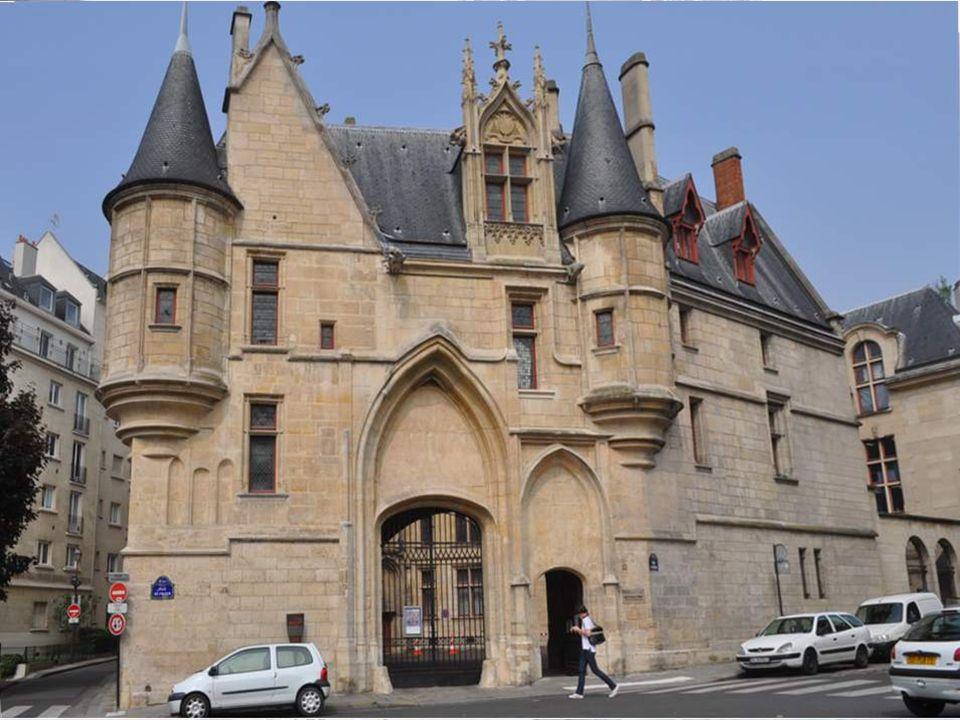 L HOTEL DE SENS Dans le Quartier du Marais L hôtel de Sens située au 1, rue du Figuier a été construit entre 1474 et 1519 pour l évêque de Sens.