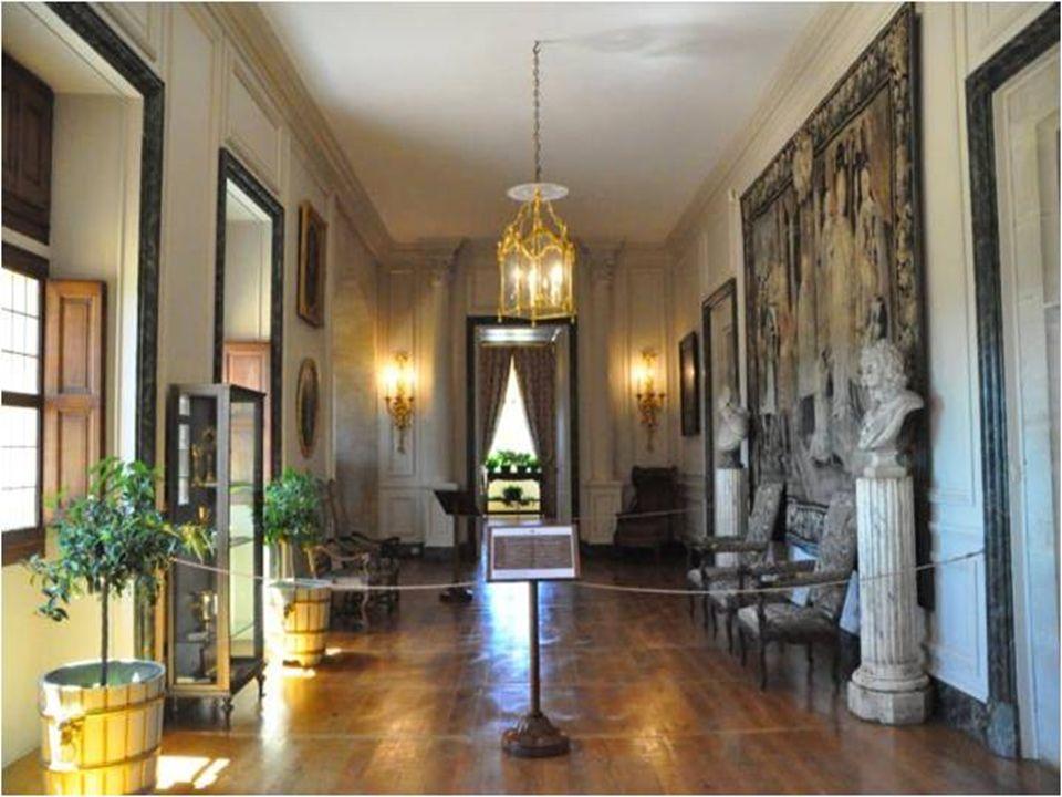 Chambre de Madame Toute meublée du 17 et 18 ème siècle