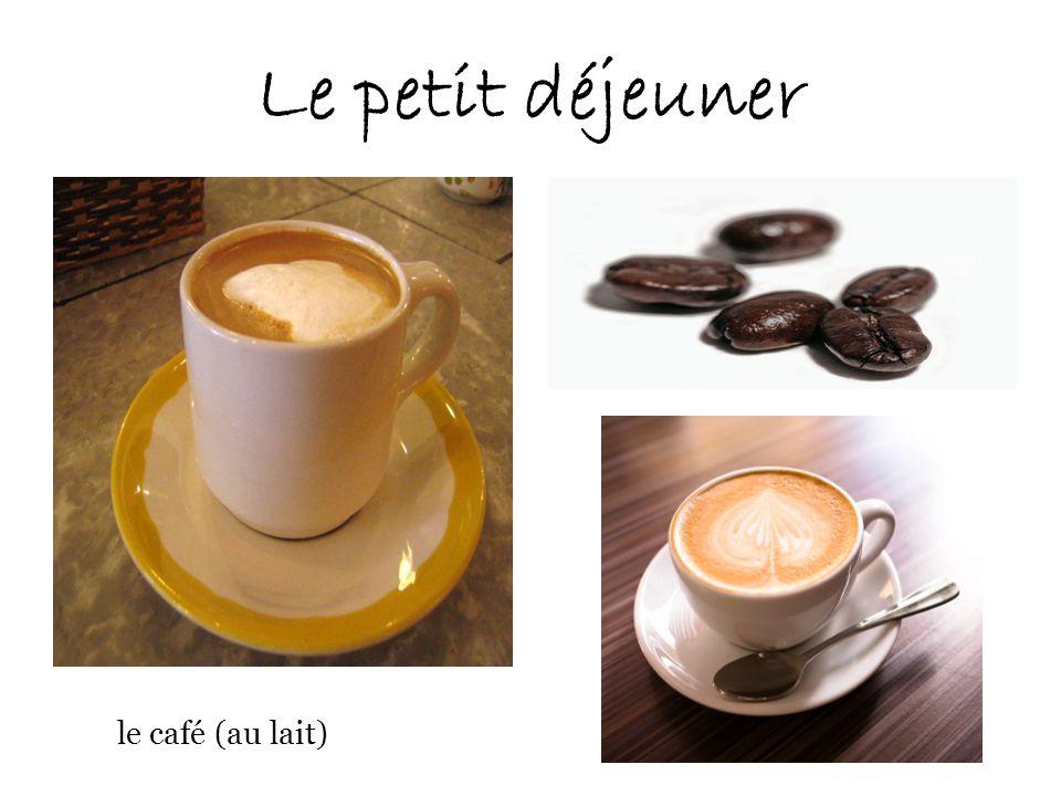 Le petit déjeuner le café (au lait)