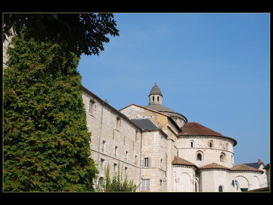 Abbatiale romane Sainte-Marie