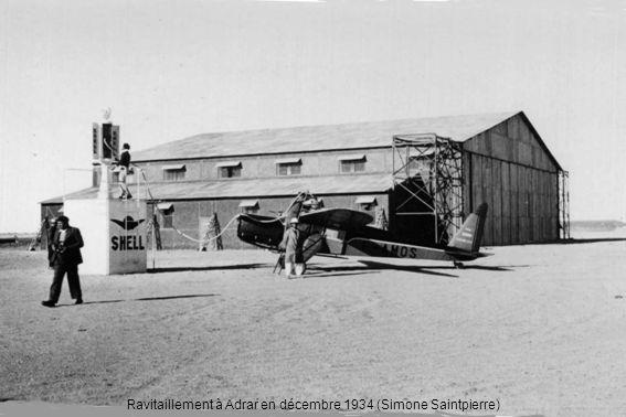 Ravitaillement à Adrar en décembre 1934 (Simone Saintpierre)