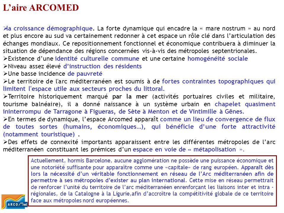 Les impacts socio-économiques (2) Les effets sur le tourismeLes effets sur le tourisme Le tourisme en TGV est avant tout un tourisme urbain, toutes les villes intéressées par la ligne auront des retombées très importantes.