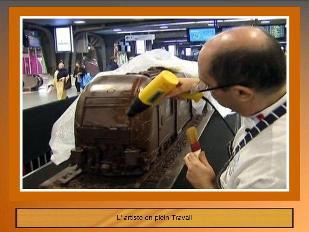 La 2eme voiture, représentant le dernier modèle du train Belge