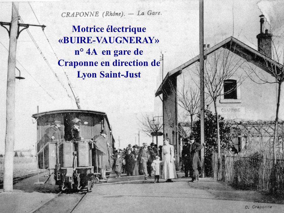 Motrice électrique «BUIRE-VAUGNERAY» n° 3A en gare de Vaugneray – Maison-Blanche ayant conservé son aspect dorigine (ancienne remorque) avec plates-fo