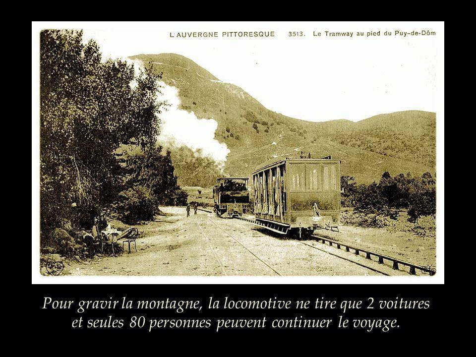 La compagnie dispose de 8 voitures fermées et de 4 baladeuses. 120 personnes peuvent prendre le train au départ, place Lamartine à Clermont-Ferrand.