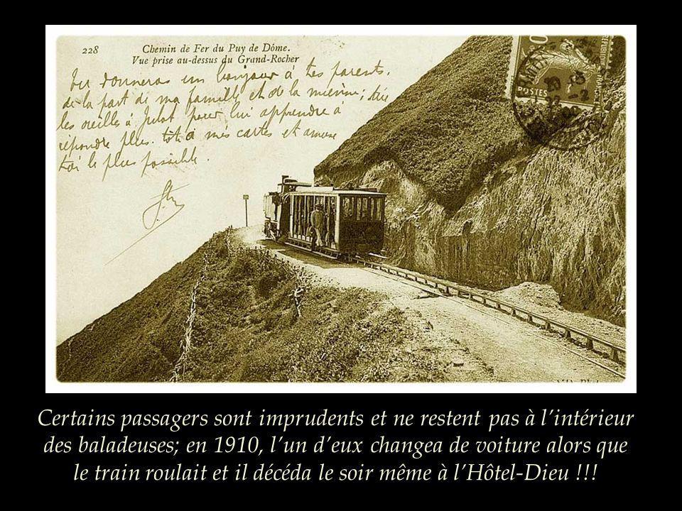 Du côté nord du Puy de Dôme, la vue sétend sur les plus beaux volcans.