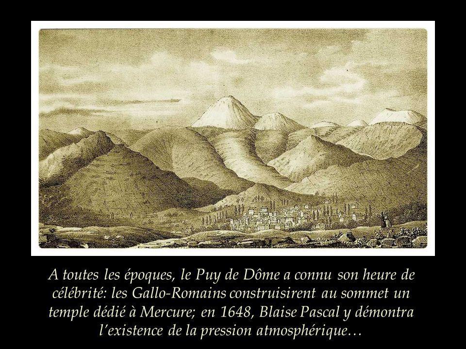 En 2012, un train, le panoramique des Dômes, permettra daccéder au sommet du Puy de Dôme. Il y a plus dun siècle, un autre train offrait déjà cette po