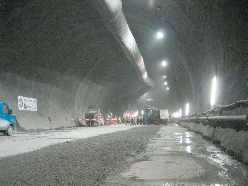 Arrivée du tunnelier à Faido